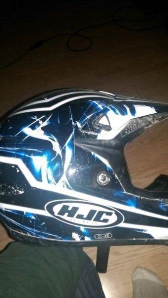 Quad dirt bike helmet