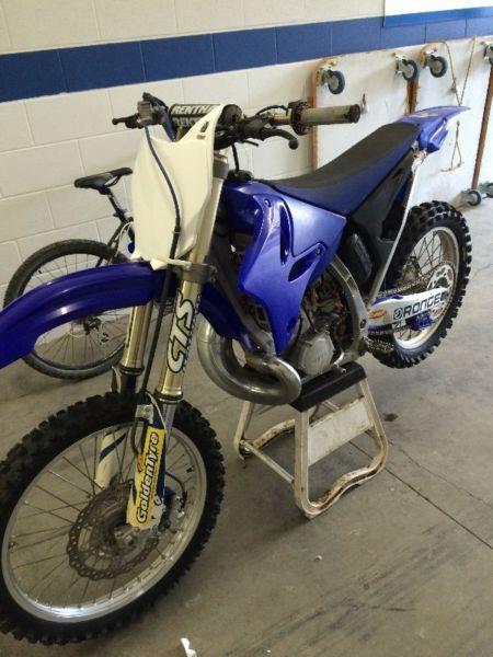 Yamaha yz250 2 stroke