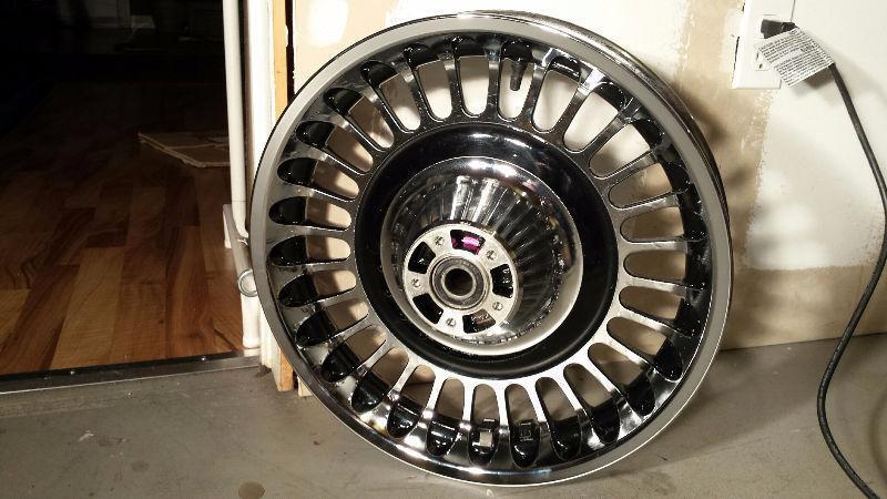 Harley Ultra Limited OEM 28 Spoke Knuckle Front Wheel 17X3 ABS