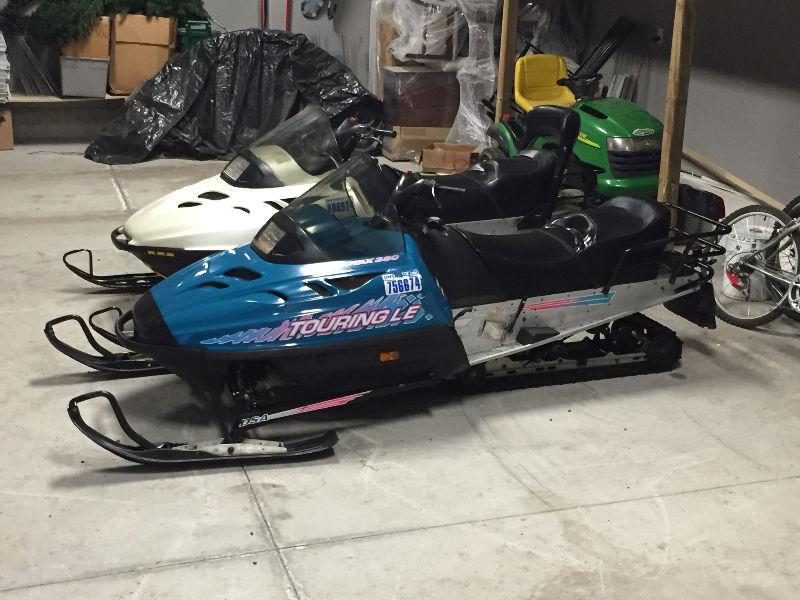 1998 and 1996 skidoo touring 2 up package deal
