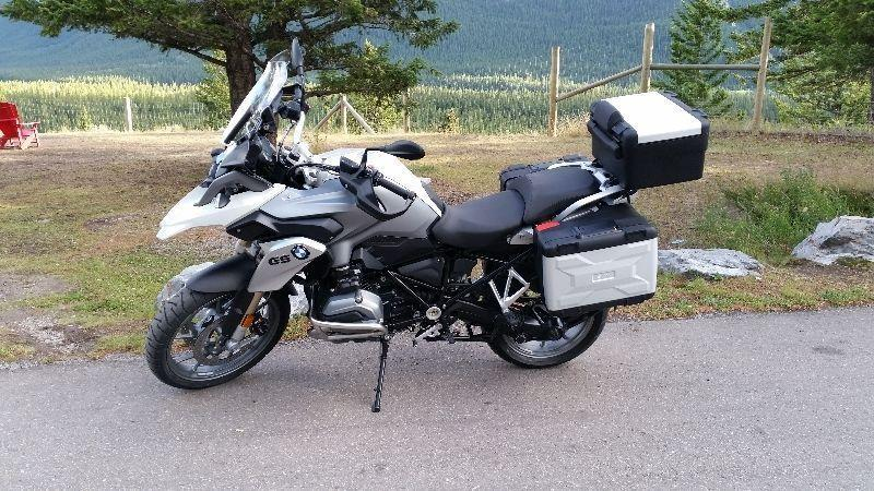 Loaded BMW R1200GS August 2015 - huge saving on new