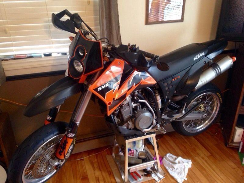 KTM 625SMC supermoto motard