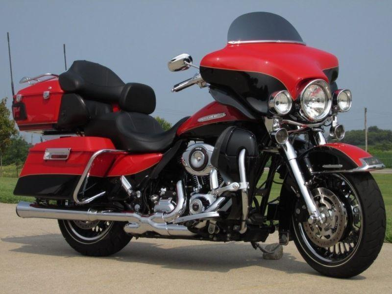 2010 Harley-Davidson Electra Glide Ultra Limited The Ultimate M
