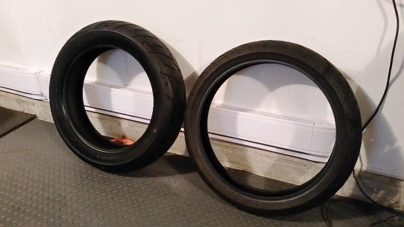 Harley Davidson parts (tires, wheels, tour bag)
