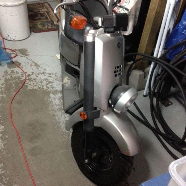 Yamaha c3 scooter winnipeg brick7 motorcycle for Yamaha xf50 for sale