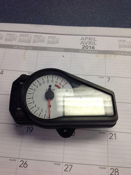 Used speedometer for 02 GSXR 750