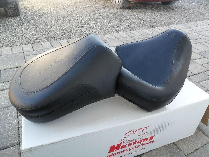 Mustang Seat for 1998-2016 Vstar 650 Custom, Classic, Silverado