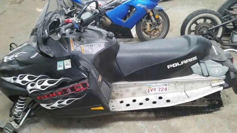 2008 POLARIS IQ 600 $3000 OR TRADE FOR ATV