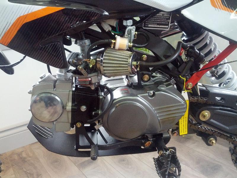 NEW! 2016 GIO 125cc DIRT BIKE SMALL WHEEL PACKAGE