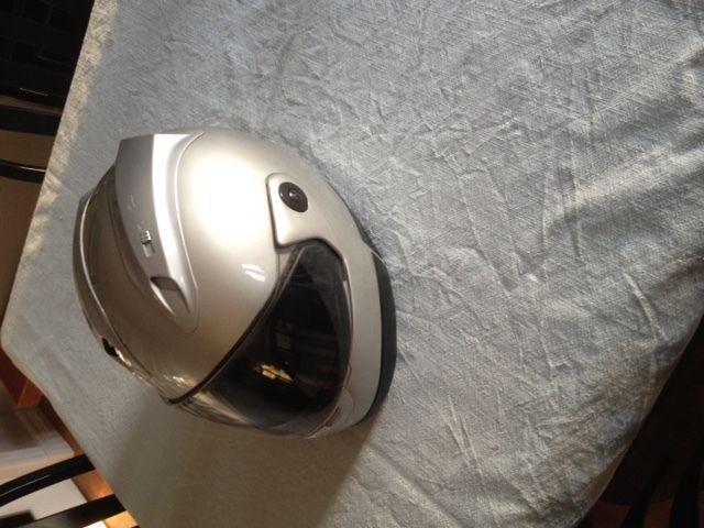 Motorcycle Helmet (Shark/Zeus)