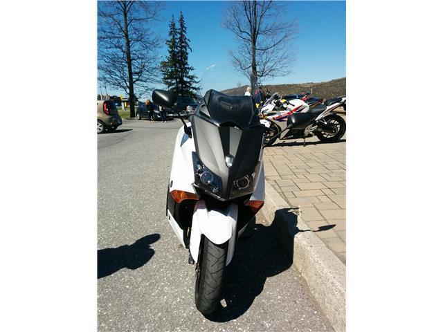 2012 Yamaha TMAX