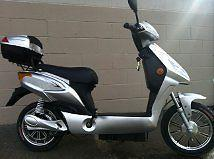 used aprillia scooter- excellent condition