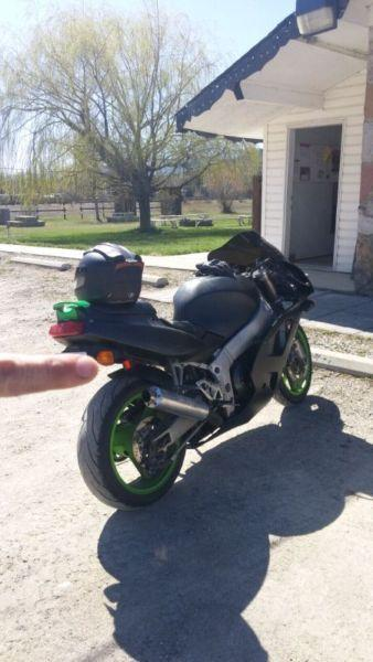 Kawasaki Ninja ZX7