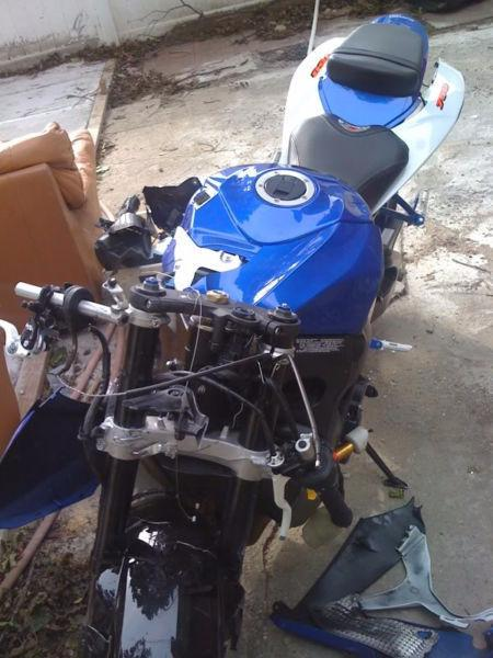 Wanted: WTB ISO a GSX-R 600 or 750 2006 to 2010 Wrecked or just a frame
