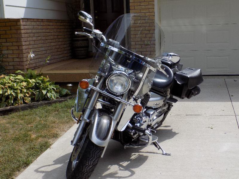 2004 Yamaha 1100 V-Star Classic