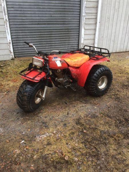 Rack atc 200es brick7 motorcycle for Yamaha 200e 3 wheeler