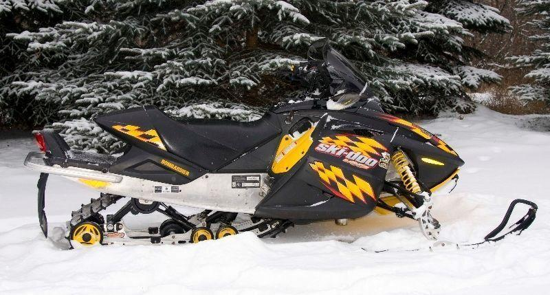Parting out Skidoo Rev 2004