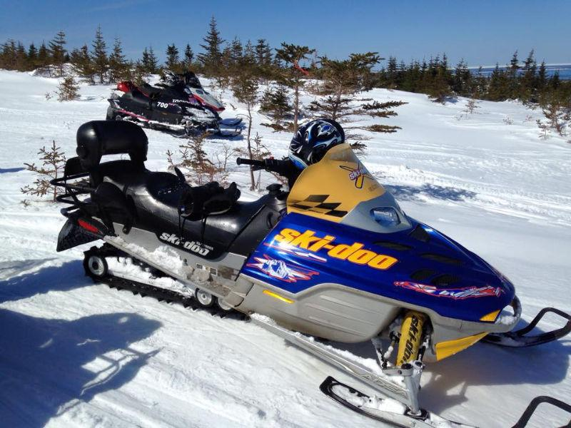2003 Ski doo Summit