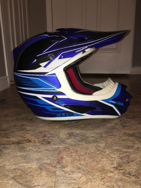 Zeus Motorcross Helmet w/ Scott goggles