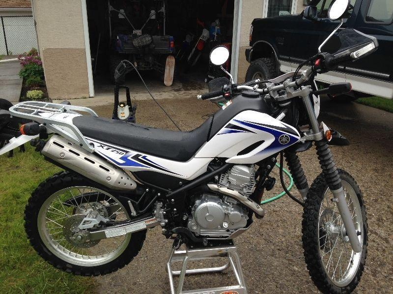 2009 Yamaha XT250 dual purpose dirt bike