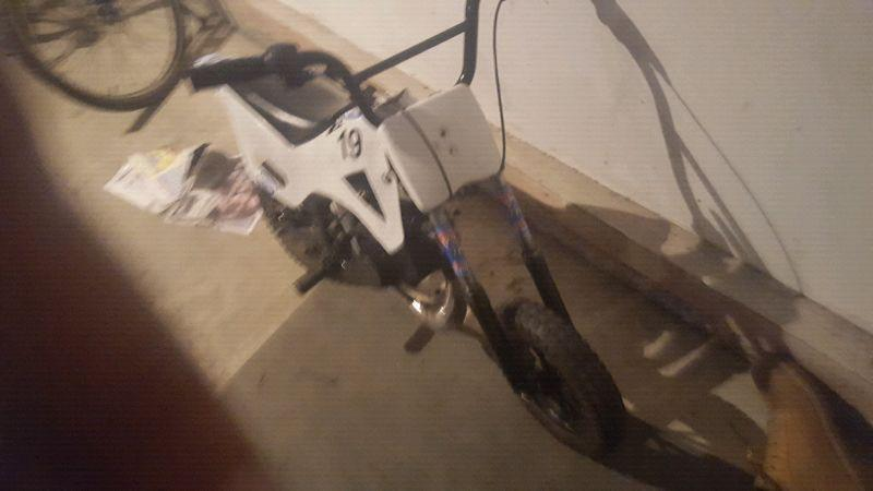 50cc pocket dirt bike MINT CONDITION