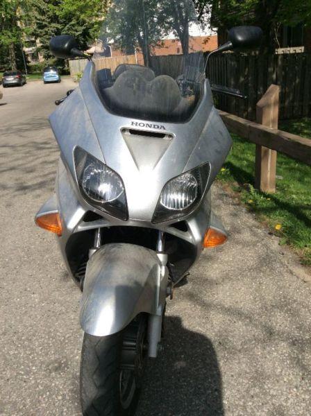 Honda Reflex Scooter - 250cc