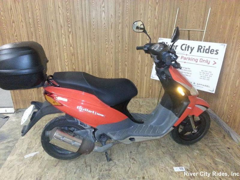 2008 Derbi Atlantis Red Bullet Scooter