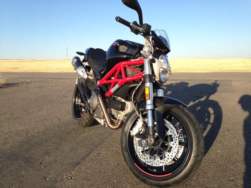 Mint 2014 Ducati Monster 800