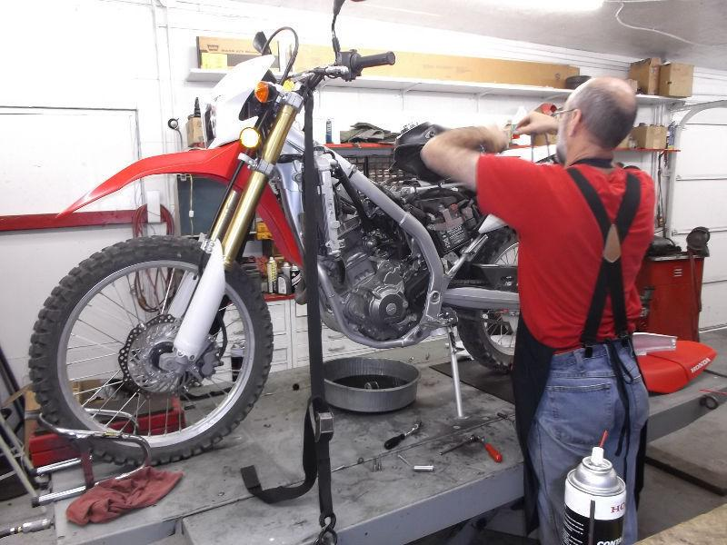 Experienced service/repair for Honda Dirt Bikes