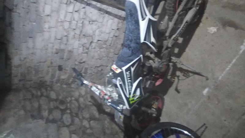 80 Geo dirt bike