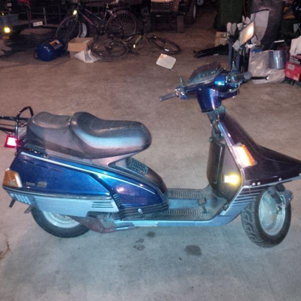 Classic Yamaha Scooter 1987 Riva 200