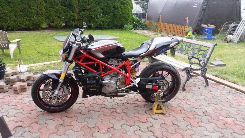 Ducati 749 Super Naked