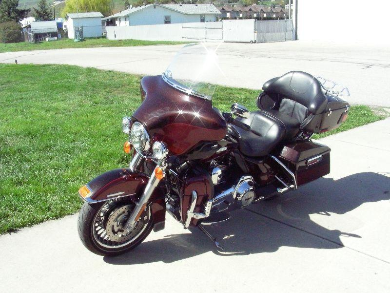 2011 Harley Davidson Ultra Classic Ltd in Metallic Root Beer
