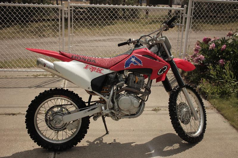 /\/\/\ MINT CONDITION 2005 CRF 150F QUICK SALE! /\/\/\