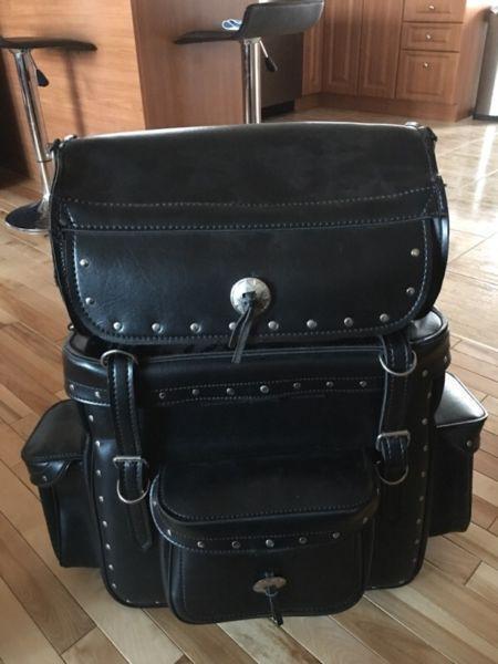 Sacoche pour moto en cuir