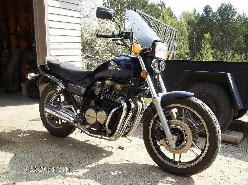 For Sale 1984 Honda Nighthawk 650 excellent Shape.