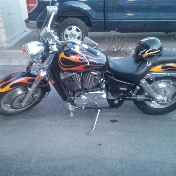 2007 Honda Shadow Sabre **only 4,800km**