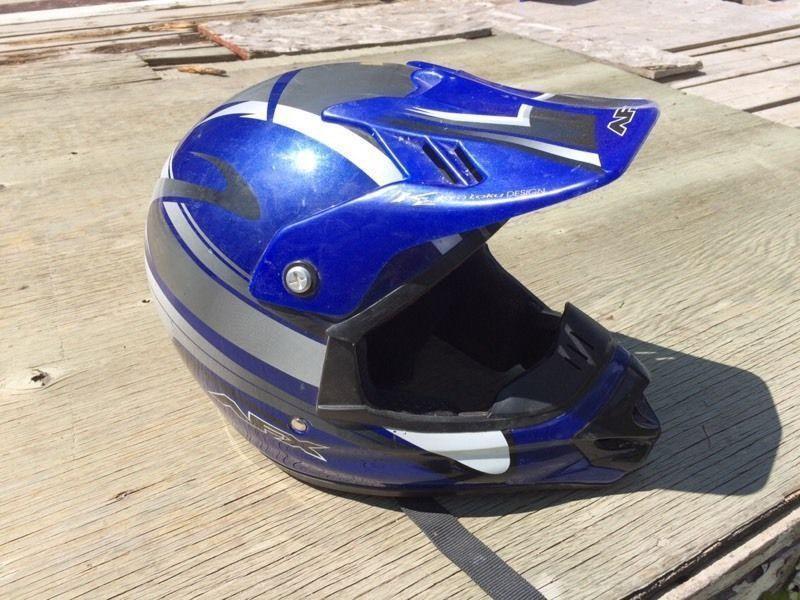 M dirt bike helmet