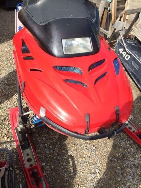 Parting out custom 1996 Skidoo summit 670