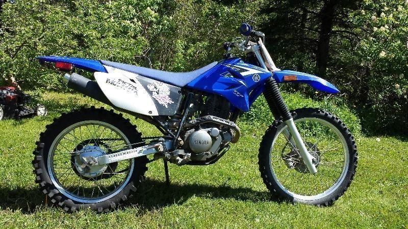 yamaha ttr 230 servicing brick7 motorcycle. Black Bedroom Furniture Sets. Home Design Ideas