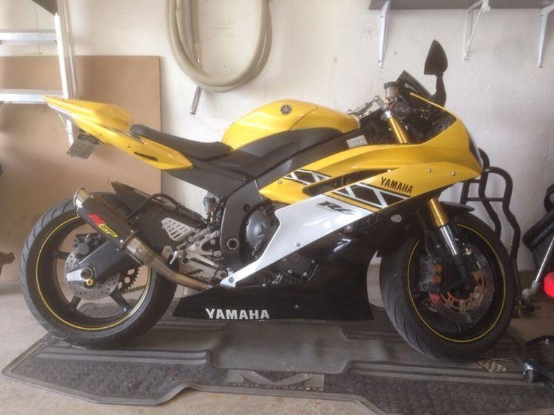2006 Yamaha R6 Anniversary Edition