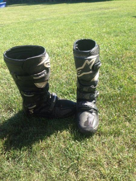 Dirtbike boots size 9