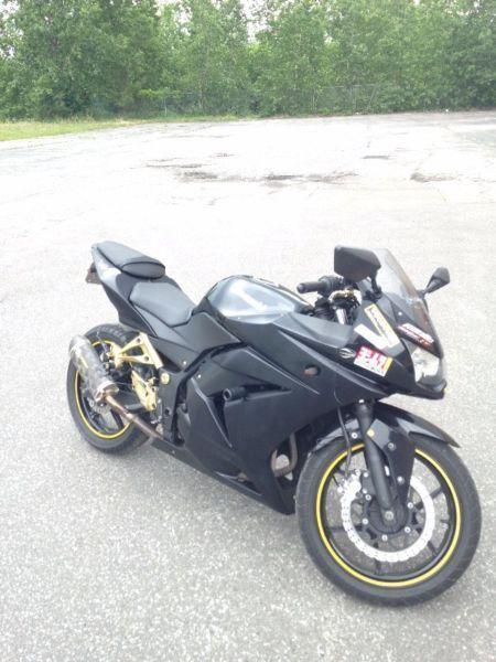 2008 Ninja 250R Custom Black/gold $3500 obo