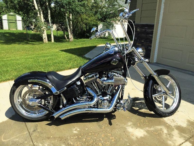 2009 Harley-Davidson Rocker C - $25,000.00