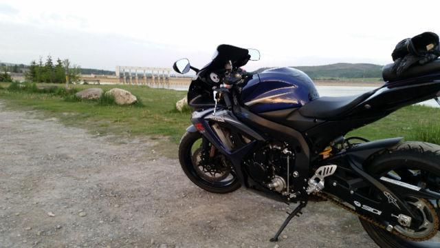 07 GSXR 750 - SUPER LOW KMS!