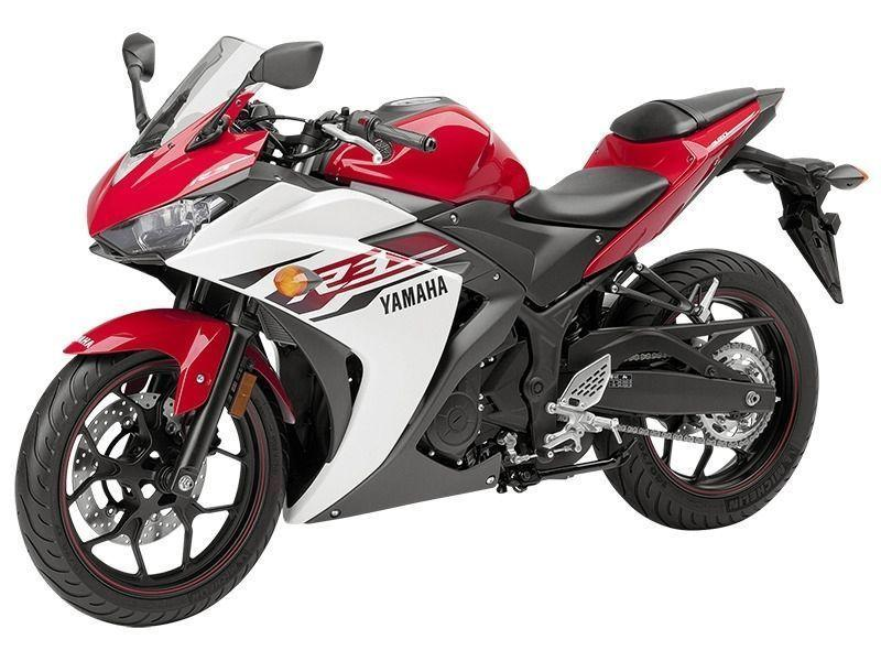 2015 Yamaha YZF-R3 Two-Tone