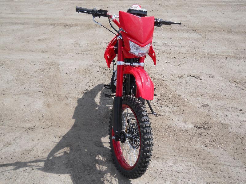 TEEN / ADULT BRAND NEW 200 cc 4 STROKE DIRT BIKE FOR $1499.00