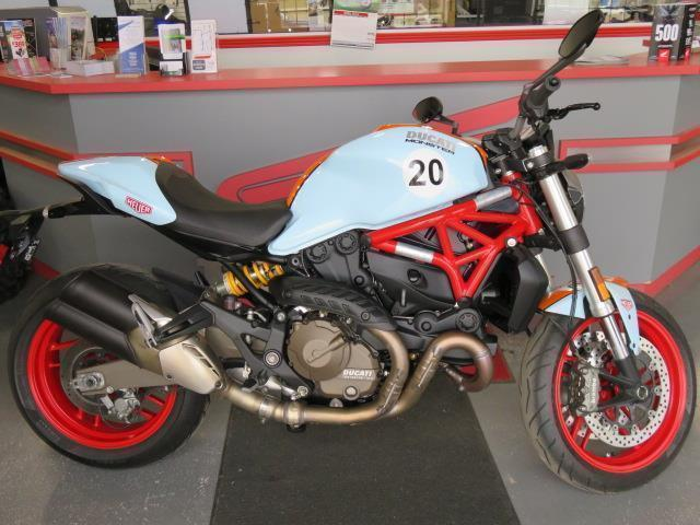 2015 Ducati Monster 821 - Pictures say it all