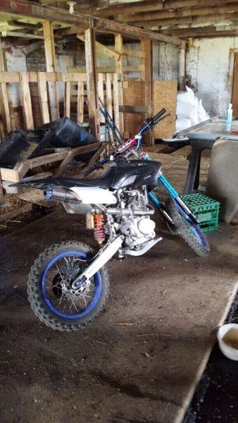 BSE 250 dirt bike