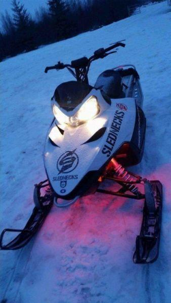wicked deal 2010 sled 3300$ firm low km